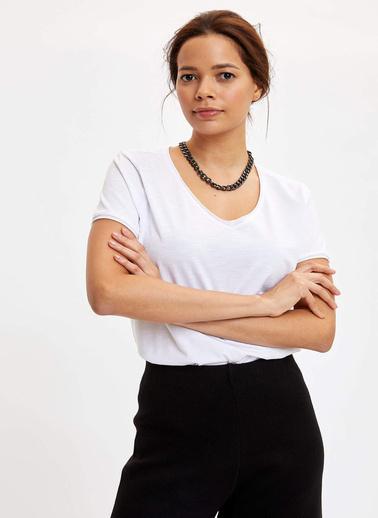 DeFacto V Yakalı Kısa Kollu T-Shirt Beyaz